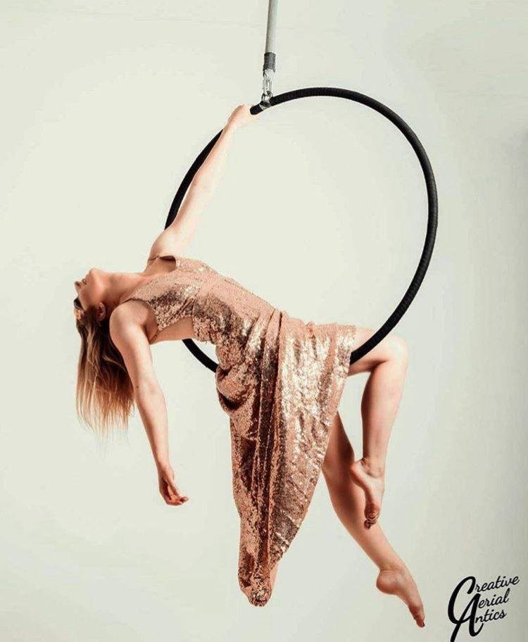long sequin flow dress lyra photo