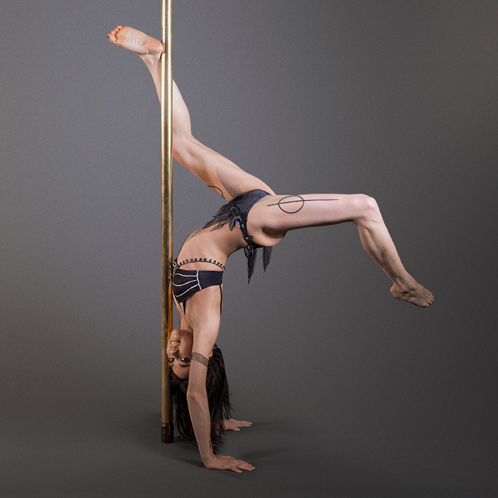 Kate Enchantress Pole Shoot